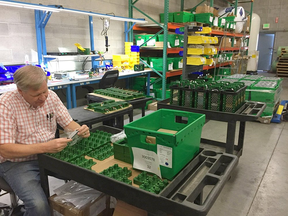 company, manufacturer, portable LED work Lights, western technology, inc., work light manufacturer, The BRICK™, the brick, 9610brick, 9610 led, 9610LED, components, parts, inspection, quality control