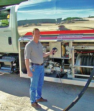 1003 Pistol Grip fueling trucks