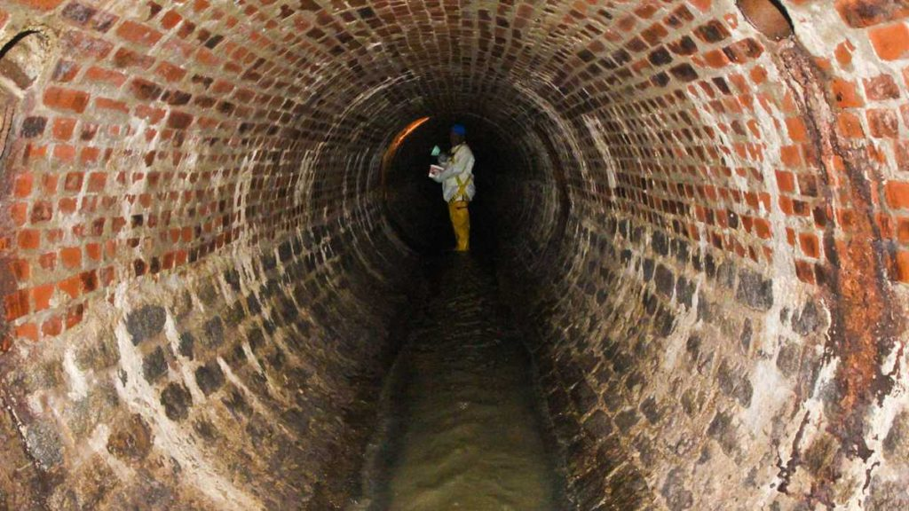 sewer, wastewater, shaft, tunnel, confined space entry