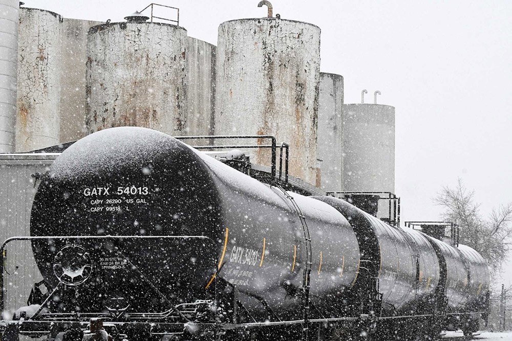 All weather lighting for oil railcars of GATX in Snow