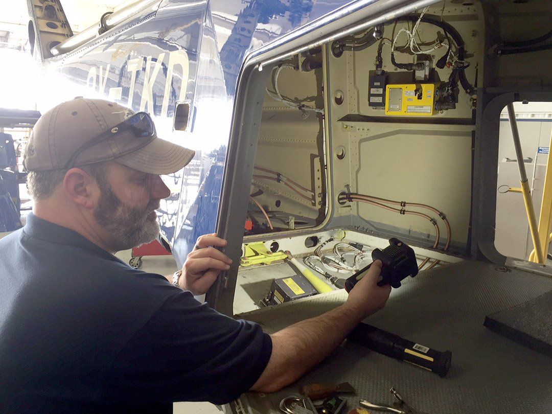 The Body Light™ great tool for FOD inspection in Helicopter maintenance & manufacturing