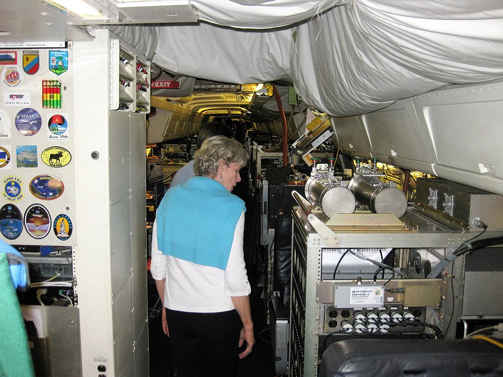 Viewing experiment equipment area